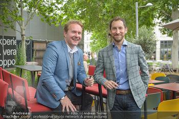 Juul Launchevent - Heuer und Das Dach, Wien - Mo 27.05.2019 - Udo UNTERBERGER, James MONSEES1