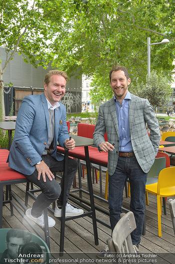 Juul Launchevent - Heuer und Das Dach, Wien - Mo 27.05.2019 - Udo UNTERBERGER, James MONSEES17