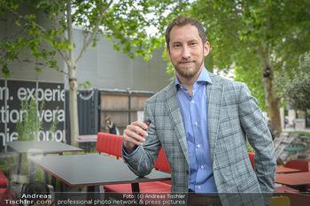 Juul Launchevent - Heuer und Das Dach, Wien - Mo 27.05.2019 - James MONSEES23