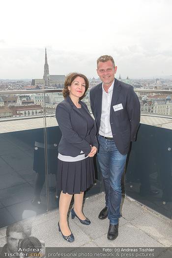 Juul Launchevent - Heuer und Das Dach, Wien - Mo 27.05.2019 - 224