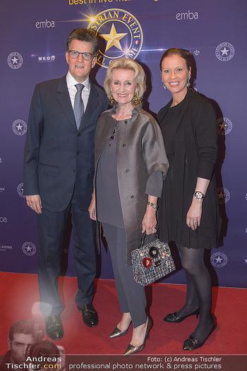emba Awards 2019 - Casino Baden - Di 28.05.2019 - Elisabeth GÜRTLER mit Sohn Georg GÜRTLER mit Evi (schwanger)47