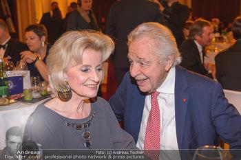 emba Awards 2019 - Casino Baden - Di 28.05.2019 - Elisabeth GÜRTLER, Harald SERAFIN104