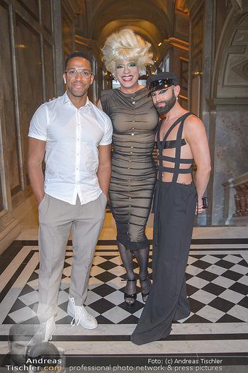 EuroPride Auftaktgala - Kunsthistorisches Museum KHM, Wien - So 02.06.2019 - Conchita WURST (Tom NEUWIRTH), Cesar SAMPSON, Miss CANDY16