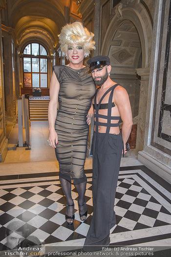 EuroPride Auftaktgala - Kunsthistorisches Museum KHM, Wien - So 02.06.2019 - Conchita WURST (Tom NEUWIRTH), Miss CANDY17
