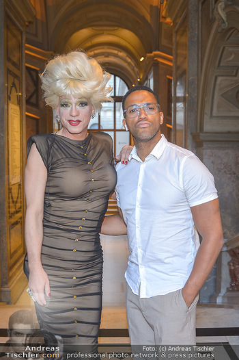 EuroPride Auftaktgala - Kunsthistorisches Museum KHM, Wien - So 02.06.2019 - Cesar SAMPSON, Miss CANDY18