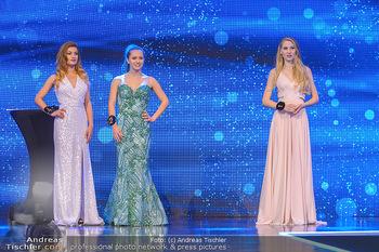 Miss Austria 2019 - Museum Angerlehner, Wels - Do 06.06.2019 - die drei Erstplatzierten vor Bekanntegabe der Siegerin Larissa R365