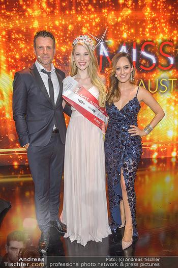 Miss Austria 2019 - Museum Angerlehner, Wels - Do 06.06.2019 - Larissa ROBITSCHKO, Volker PIESCZEK, Sasa SCHWARZJIRG388