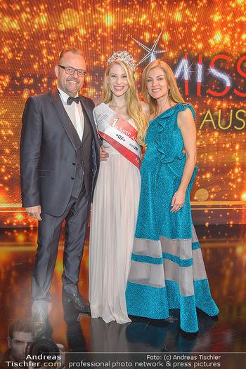 Miss Austria 2019 - Museum Angerlehner, Wels - Do 06.06.2019 - Larissa ROBITSCHKO, Jörg und Kerstin RIGGER390