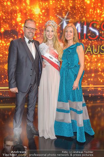 Miss Austria 2019 - Museum Angerlehner, Wels - Do 06.06.2019 - Larissa ROBITSCHKO, Jörg und Kerstin RIGGER391