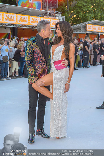 Lifeball red carpet - Rathaus Wien - Sa 08.06.2019 - Yasemine PETTY, Alfons HAIDER20
