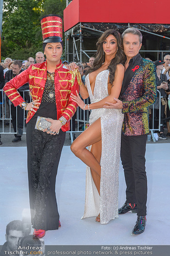 Lifeball red carpet - Rathaus Wien - Sa 08.06.2019 - Yasemine PETTY, Alfons HAIDER, Julian FM STÖCKEL22
