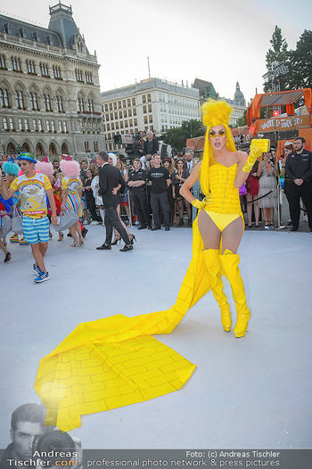 Lifeball red carpet - Rathaus Wien - Sa 08.06.2019 - 35