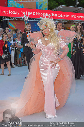 Lifeball red carpet - Rathaus Wien - Sa 08.06.2019 - Dianne BRILL40