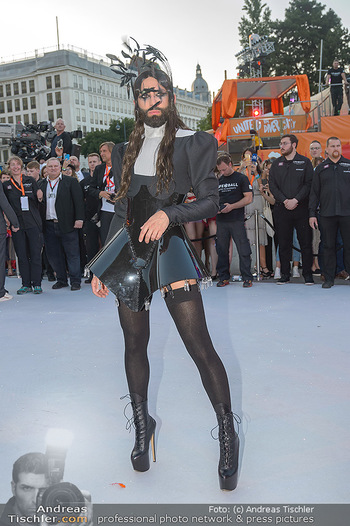 Lifeball red carpet - Rathaus Wien - Sa 08.06.2019 - Conchita WURST47