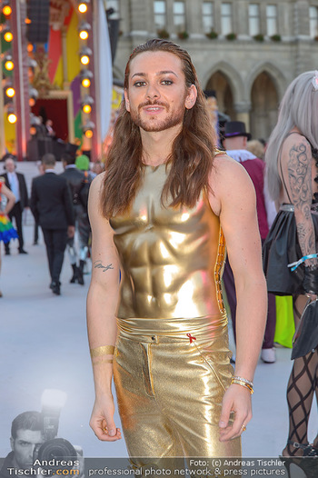 Lifeball red carpet - Rathaus Wien - Sa 08.06.2019 - Riccardo SIMONETTI49