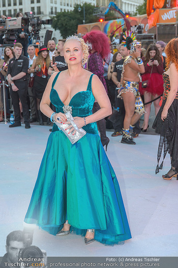 Lifeball red carpet - Rathaus Wien - Sa 08.06.2019 - Shawne FIELDING66