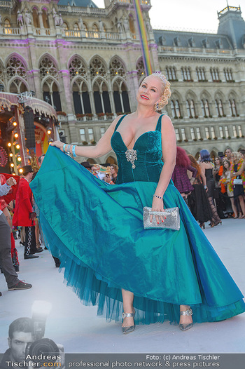 Lifeball red carpet - Rathaus Wien - Sa 08.06.2019 - Shawne FIELDING70