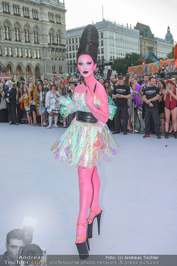 Lifeball red carpet - Rathaus Wien - Sa 08.06.2019 - 73