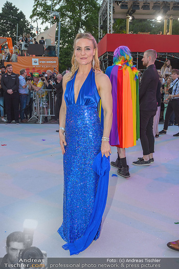 Lifeball red carpet - Rathaus Wien - Sa 08.06.2019 - Nicole WESNER79