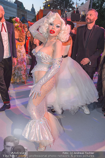 Lifeball red carpet - Rathaus Wien - Sa 08.06.2019 - Amanda LEPORE117