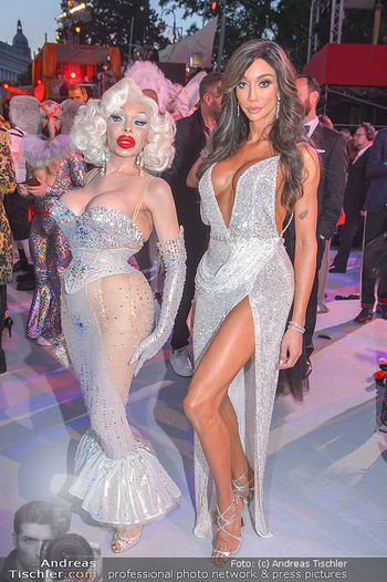 Lifeball red carpet - Rathaus Wien - Sa 08.06.2019 - Amanda LEPORE, Yasmine PETTY120
