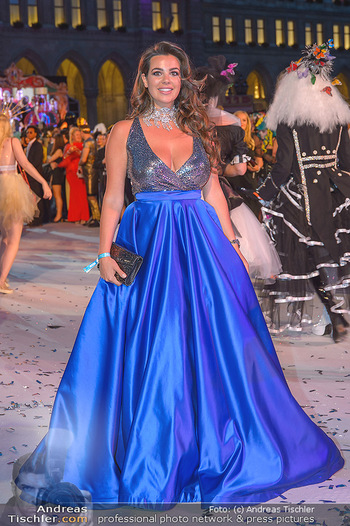 Lifeball red carpet - Rathaus Wien - Sa 08.06.2019 - Nadine MIRADA127