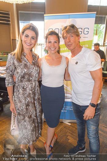 Buchpräsentation Gilzer Trischler - Cafe Westend, Wien - Di 11.06.2019 - Carmen STAMBOLI, Kristina WORSEG, Dominic HEINZL2