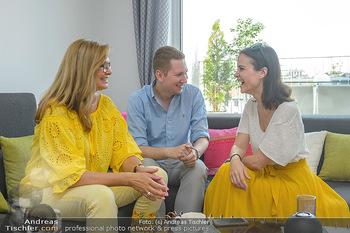 Interviewtermin Trischler Gilzer - Privatwohnung Trischler - Di 11.06.2019 - Maren GILZER, Clemens TRISCHLER, Romina COLERUS2