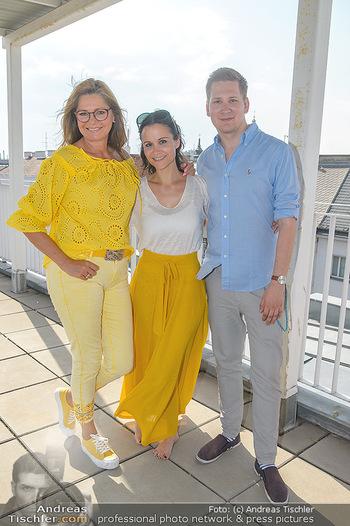 Interviewtermin Trischler Gilzer - Privatwohnung Trischler - Di 11.06.2019 - Maren GILZER, Clemens TRISCHLER, Romina COLERUS18