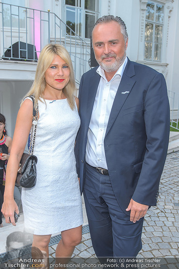 Esterhazy Künstlerfest - Palais Schönburg, Wien - Mi 12.06.2019 - Hans Peter DOSKOZIL mit Freundin Julia13