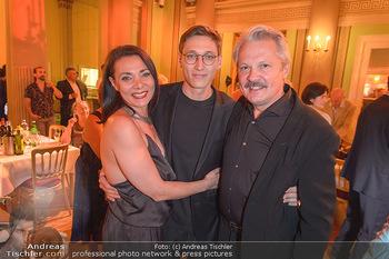 Otto Schenk 89. Geburtstag - Josefstadttheater und Kammerspiele - Mi 12.06.2019 - Familie Herbert FÖTTINGER, Sanda CERVIK mit Sohn Fabian21