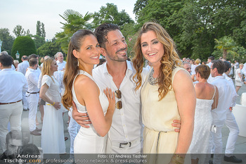 Kraml Sommerball - Kursalon Wien - Sa 15.06.2019 - Thomas KRAML mit Ehefrau Bianca, Lizz GÖRGL61