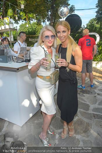 Cocktail Bar Opening - Volksgarten - Di 18.06.2019 - Yvonne RUEFF, Liane SEITZ3