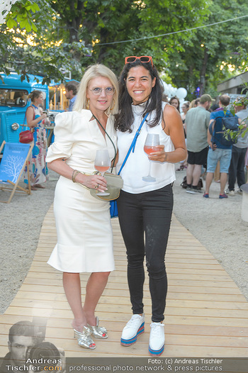 Cocktail Bar Opening - Volksgarten - Di 18.06.2019 - Liane SEITZ, Jenny ROSE153