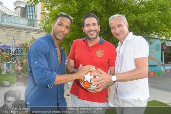 Nivea Deep Soccer Challenge - Hermann´s Strandbar, Wien - Mi 19.06.2019 - Clemens UNTERREINER, Cesar SAMPSON, Rainer PARIASEK1