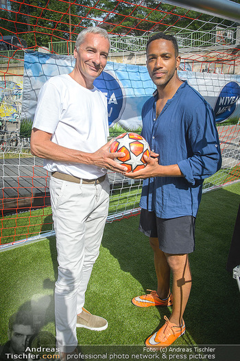 Nivea Deep Soccer Challenge - Hermann´s Strandbar, Wien - Mi 19.06.2019 - Cesar SAMPSON, Rainer PARIASEK4