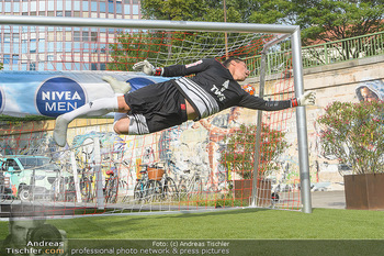 Nivea Deep Soccer Challenge - Hermann´s Strandbar, Wien - Mi 19.06.2019 - Helge PAYER Flugparade47