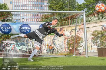Nivea Deep Soccer Challenge - Hermann´s Strandbar, Wien - Mi 19.06.2019 - Helge PAYER Flugparade48