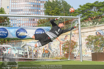 Nivea Deep Soccer Challenge - Hermann´s Strandbar, Wien - Mi 19.06.2019 - Helge PAYER Flugparade49