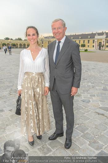 Sommernachtskonzert 2019 - Schloss Schönbrunn - Do 20.06.2019 - Wilfried HASLAUER mit Tochter Marie-Theres17