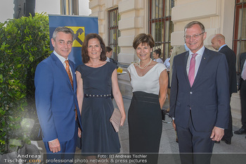 Sommerfest der RLB Oberösterreich - Albertina, Wien - Di 25.06.2019 - Heinrich SCHALLER, Michaela KEPLINGER-MITTERLEHNER, Thomas und B4