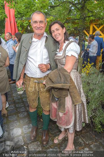 Heurigen-Treff mit Mikl-Leitner - Weingut Johanneshof Reinisch, Tattendorf - Do 27.06.2019 - Franz WITTMANN mit Ehefrau Rolanda48