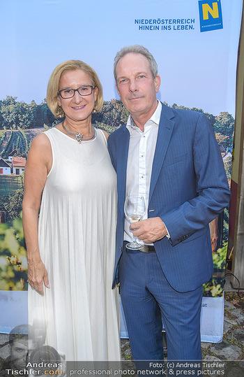 Heurigen-Treff mit Mikl-Leitner - Weingut Johanneshof Reinisch, Tattendorf - Do 27.06.2019 - Johanna MIKL-LEITNER, Wolfgang JANSKY50