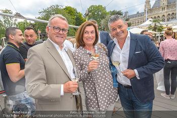 Hill Lounge Opening - Rathaus Wien - Di 09.07.2019 - Andi Andreas WOJTA mit Ehefrau Gabi, Hans NIESSL11