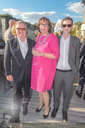Die Zauberflöte Premiere - Oper im Steinbruch St. Margarethen - Mi 10.07.2019 - Familie Karl WESSELY mit Ehefrau und Sohn16