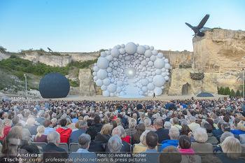 Die Zauberflöte Premiere - Oper im Steinbruch St. Margarethen - Mi 10.07.2019 - Publikum, Bühnenbild, Tribünene, Gäste, Zuschauerränge118
