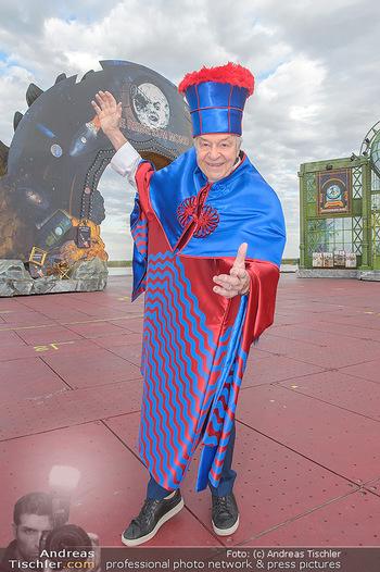 Das Land des Lächelns Premiere - Seefestspiele Mörbisch - Do 11.07.2019 - Harald SERAFIN auf der Bühne im Kostüm des Obereunuchen8
