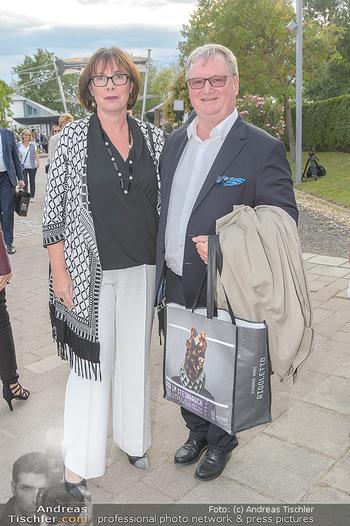 Das Land des Lächelns Premiere - Seefestspiele Mörbisch - Do 11.07.2019 - Karl WESSELY mit Ehefrau30