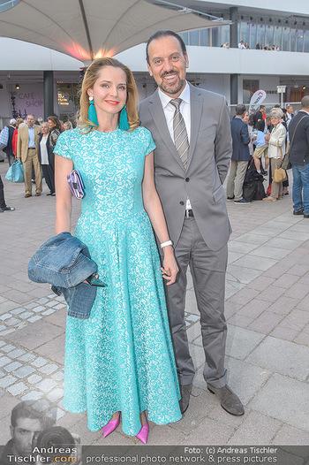 Das Land des Lächelns Premiere - Seefestspiele Mörbisch - Do 11.07.2019 - Susanne HOFFMANN mit Begleitung38