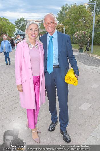Das Land des Lächelns Premiere - Seefestspiele Mörbisch - Do 11.07.2019 - Martina und Werner FASSLABEND43